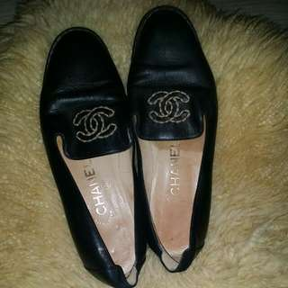 Chanel black leather shoes
