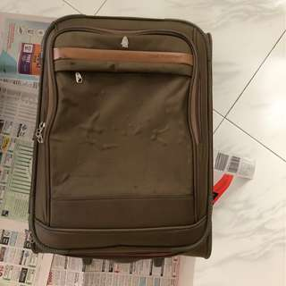 """Hush Puppies Luggage Bag Carry-on / Carry on 20"""" / 20 Inches"""