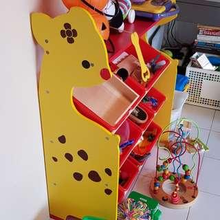 Giraffe Toy Shelf