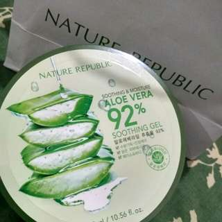 Nature republic shooting gel aloe Vera 92%