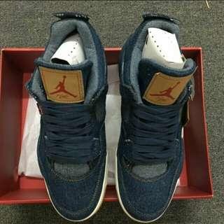 Nike Air Jordan 4 Retro x Levi