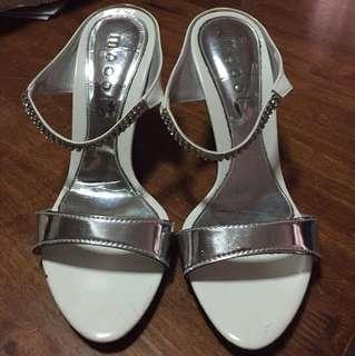 Moooi white heels