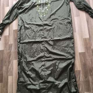 Army green telekung travel