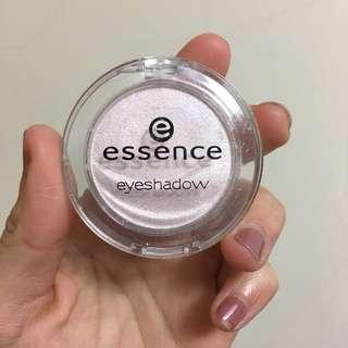 Essence 艾森絲 眼影 03