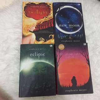 Novel Twilight Saga