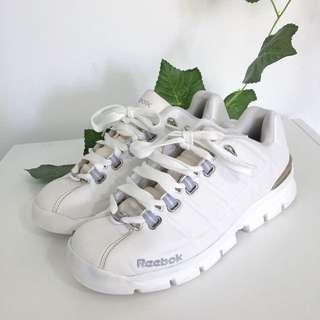 White Reebok Sneakers 👟