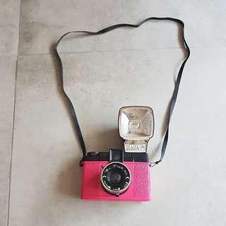 Diana F+ Mr. Pink
