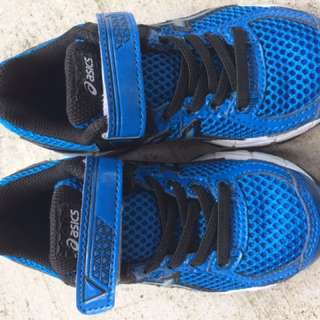 Sports Shoes for boys