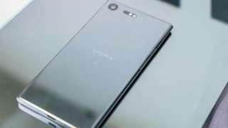 Kredit Sony Xperia XZ Premium Silver New