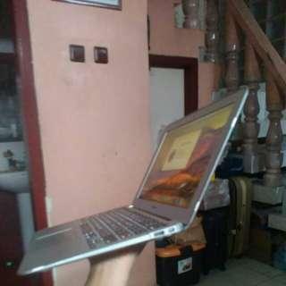 Apple MacBook 11 Ram DDR3 2Gb SSD 64Gb Core i5 1,6