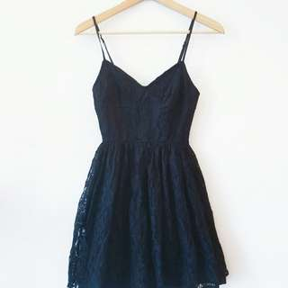 Urban Outfitters black Lace dress size s