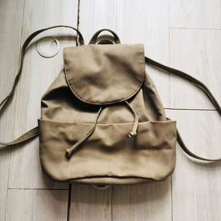 [Sale] Pull and Bear 杏色backpack