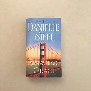 Amazing Grace / Danielle Steel