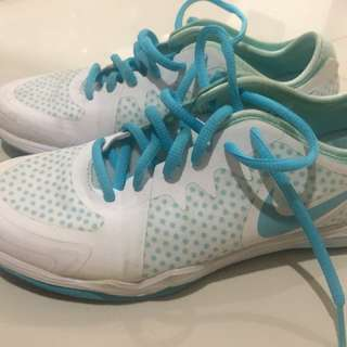 Nike shoes DF TR3