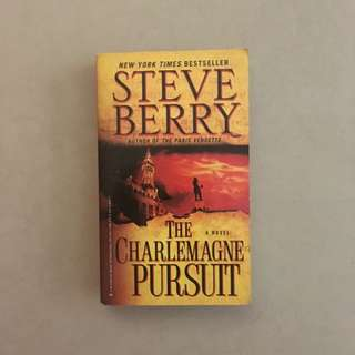 The Charlemagne Pursuit / Steve Berry