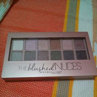 """Maybelline """"The blushed nudes"""""""