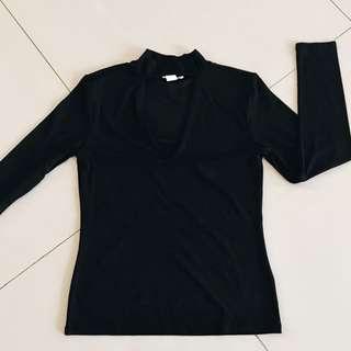 H&M V blouse