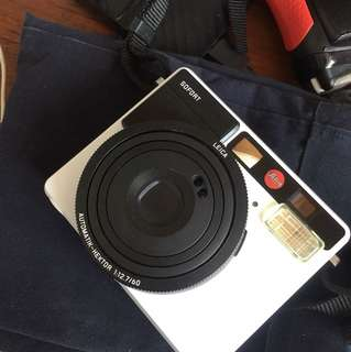Leica Sofort used once Polaroid