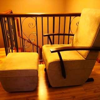 Nursing Gliding Chair