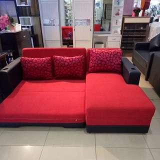Sofa bad red