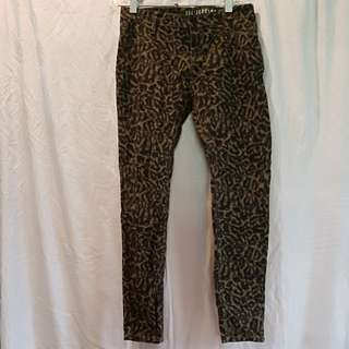 New Cotton on khaki print jegging