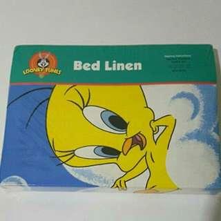 Tweety Bird Looney Toons Merchandise Bedding Set