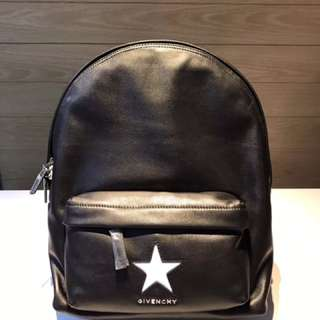 Givenchy Backpack 🎊Boutique🎊