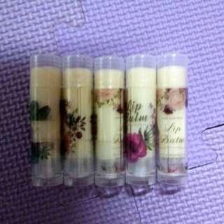 玫瑰。薰衣草精油護唇💋膏