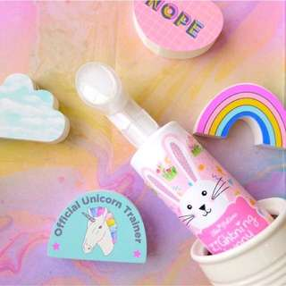 Skinpotions lightning bunny facial wash with brush