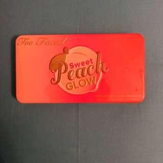 "((PRELOVED)) Too Faced ""Sweet Peach Glow"" Pallete"