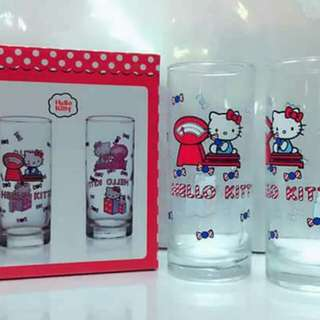 Hello kitty 2 glasscup