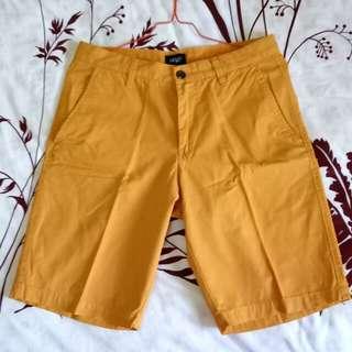 Shorts man Khaki color