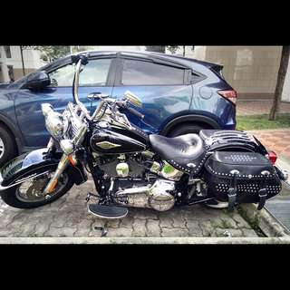 2022 Harley Davidson Heritage Softail Classic (FLSTC)
