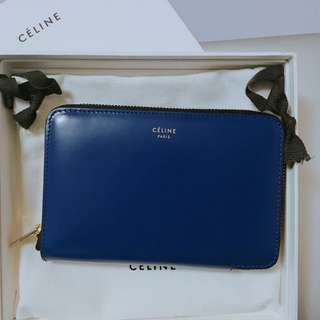 Celine Medium Zipped Around