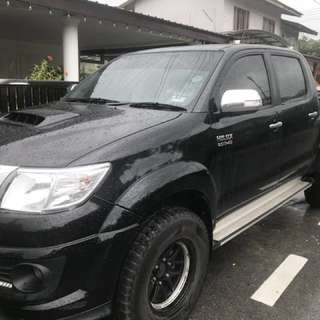 Double Cab 4x4 with Driver