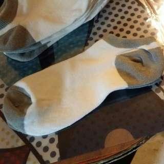 白色 灰邊 棉 棉質 襪 襪子 質地舒適