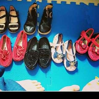 bb鞋全部23碼,每對30元。全要120元