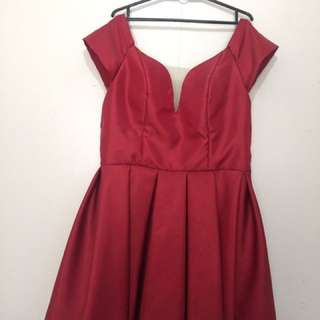 FOR RENT!!Offshoulder sweetheart Red Satin Cocktail gown