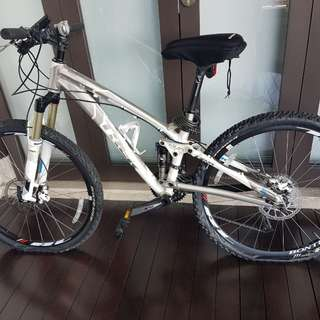Trek full suspension bicycle MTB 14'5