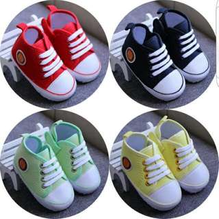 SALES IN STOCK Baby Milo Soft Shoes / Sneaker
