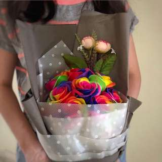 Roses Bouquet: 11 Rainbow Roses
