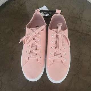 H&M Blush Sneakers