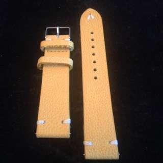 Vintage Design Leather Strap