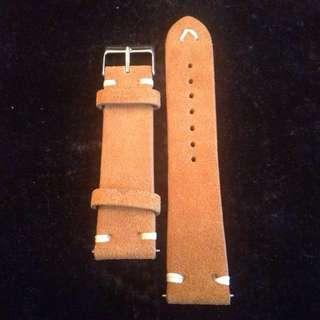 Vintage Design Suede Leather Strap