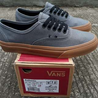 Vans authentic grey sol gum premium BNIB