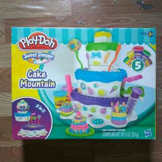 Play-Doh Cake Mountain 2 in 1