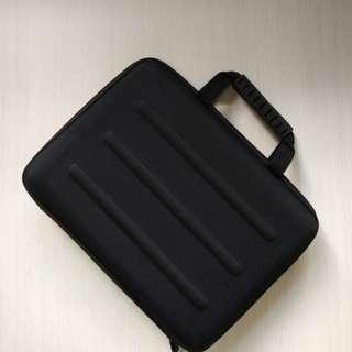 Tablet Case/Carrier (Semi-hard)