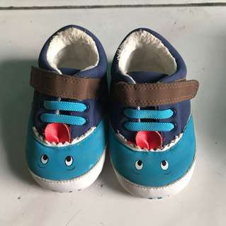 MotherCare Sepatu Kidz