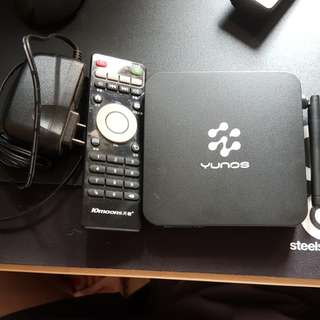 Android TV box 10moons T2
