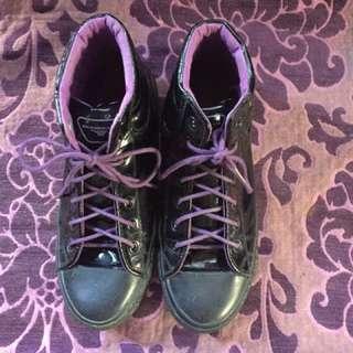 Rocker boots